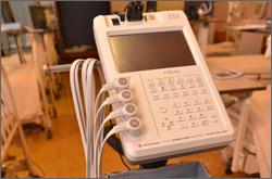 写真:体成分分析装置